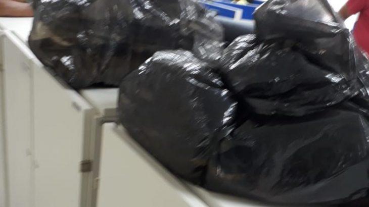 Humilhação: Funcionários demitidos da Dataprev saem com pertences em sacos de lixo